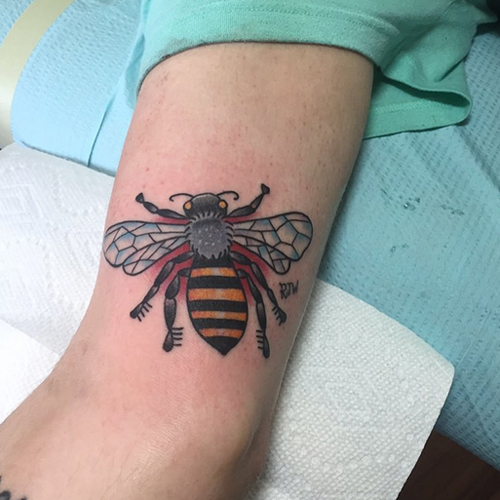 Big Gallery Of Cute Bee Tattoos - Find Best Tattoos That You Want.