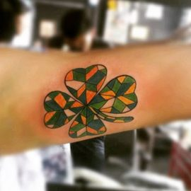 Small 4 Leaf Clover Tattoos